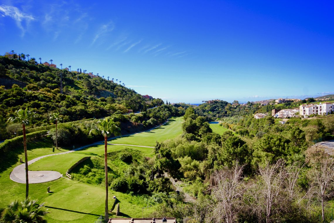 Los Arqueros, properties with spectacular golf views
