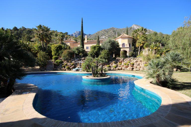 Sierra Blanca: Country Club Leben am Rande von Marbella's Stadt